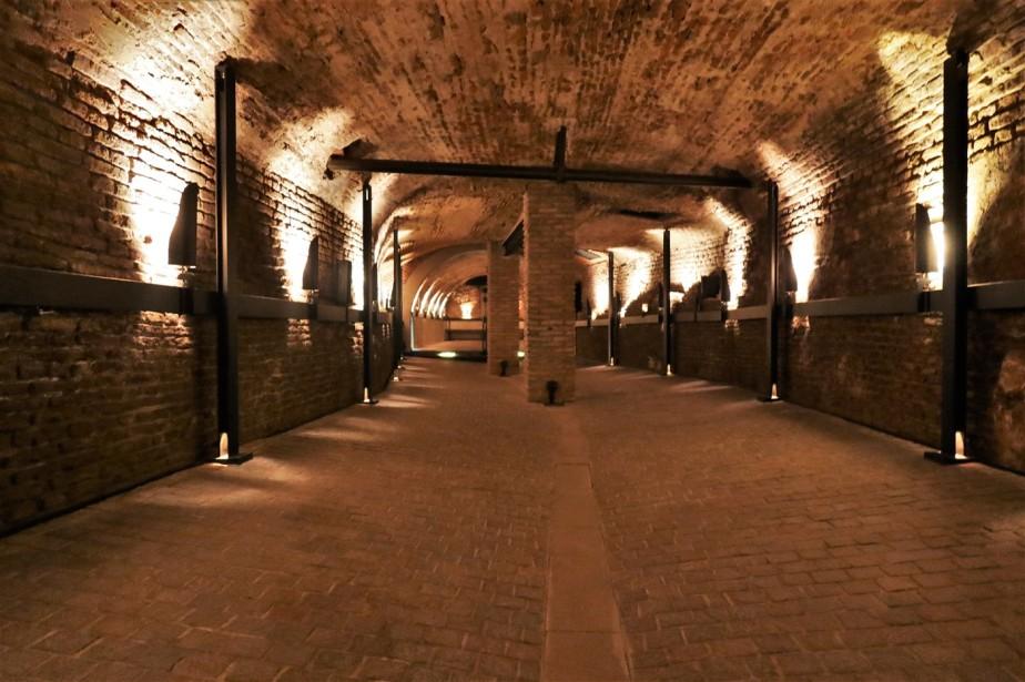 2020 03 08 242 Buenos Aires San Telmo Tunnels.jpg