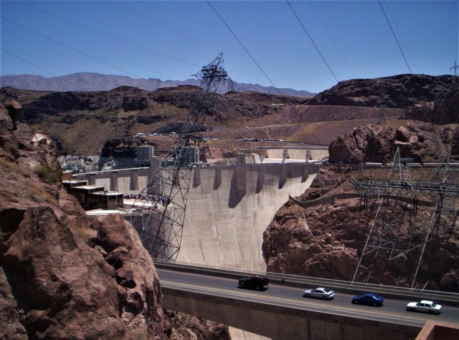 2005 06 27 Hoover Dam 3.jpg