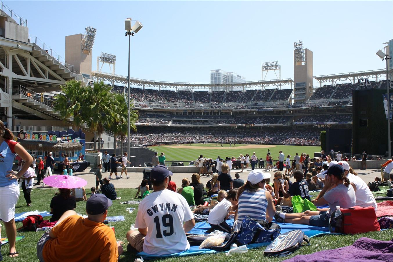 2009 08 23 70 San Diego Petco Field.jpg