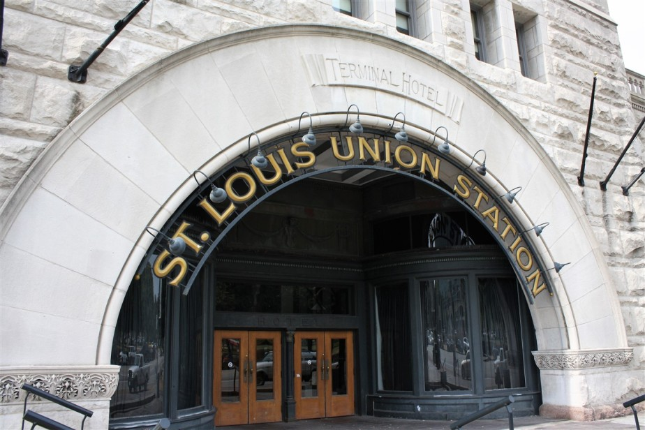 2012 07 01 93 St Louis Union Station.jpg