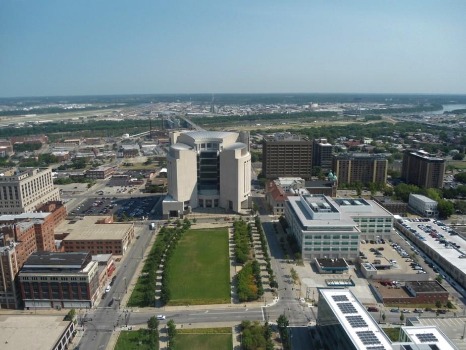 2012 07 02 61 Kansas City City Hall.jpg