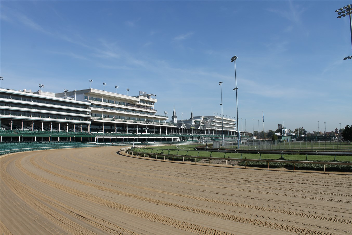 2013 10 27 100 Churchill Downs Louisville.jpg