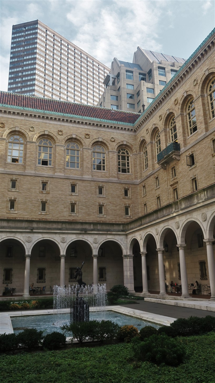 2016 09 01 140 Boston Main Library.jpg