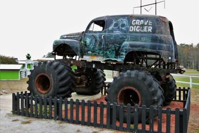 2016 11 09 16 Poplar Branch NC Monster Truck Ranch