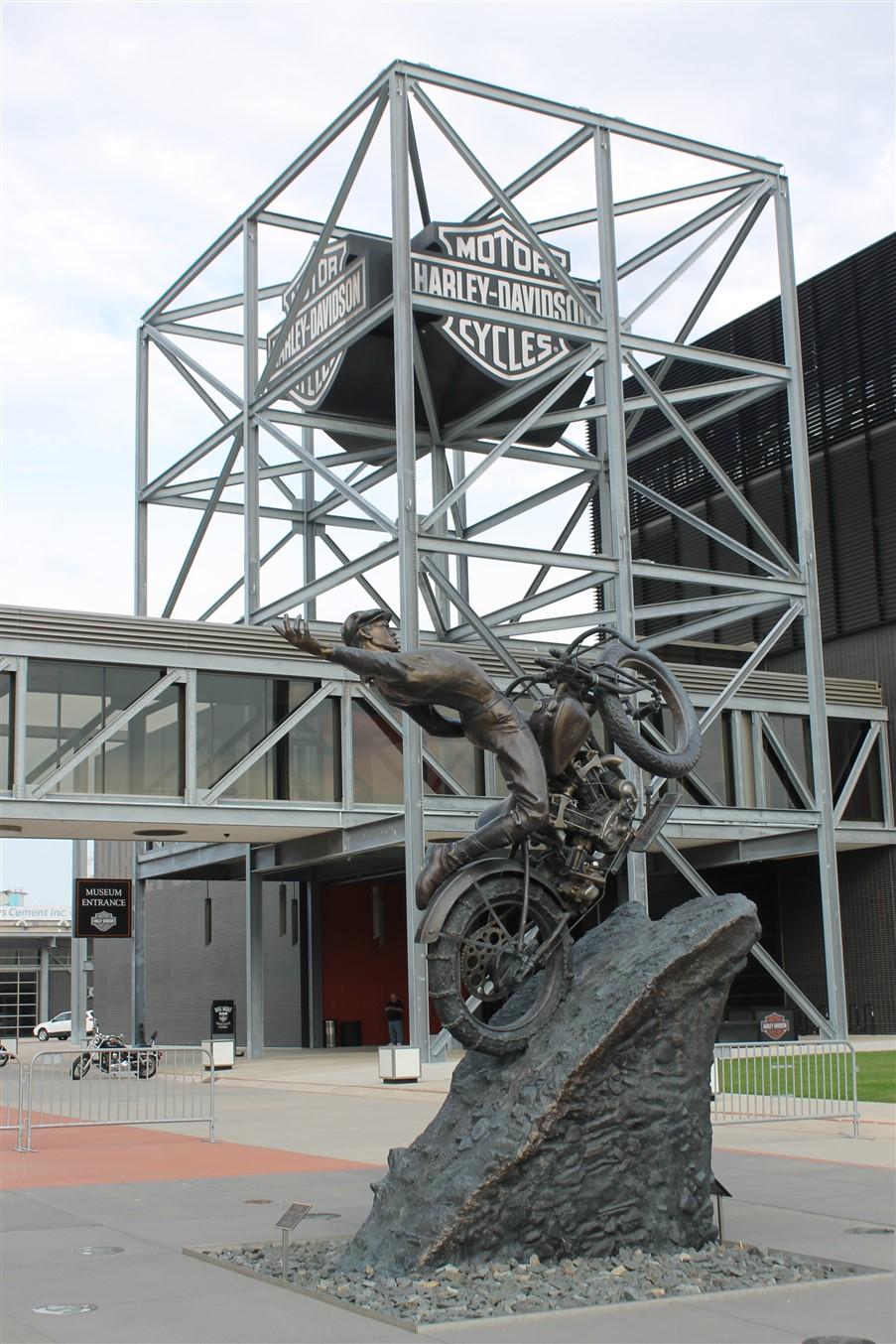 2014 09 20 34 Harley Davidson Museum Milwaukee