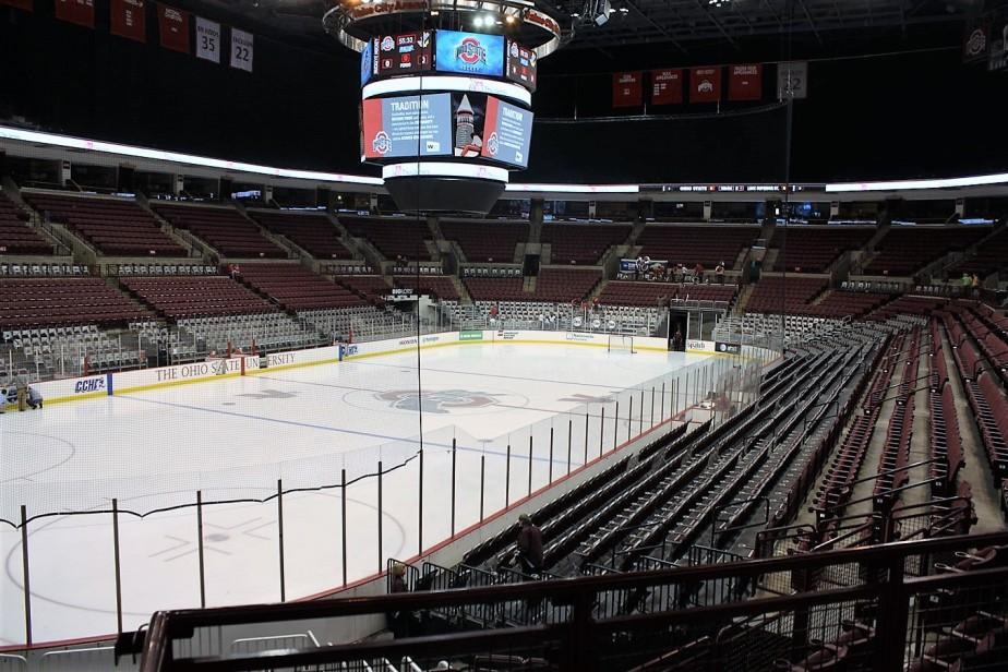 2011 02 18 Ohio State Hockey  7.jpg