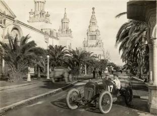 Eddie_Rickenbacker_-_Maxwell_-_San_Francisco_1915_3