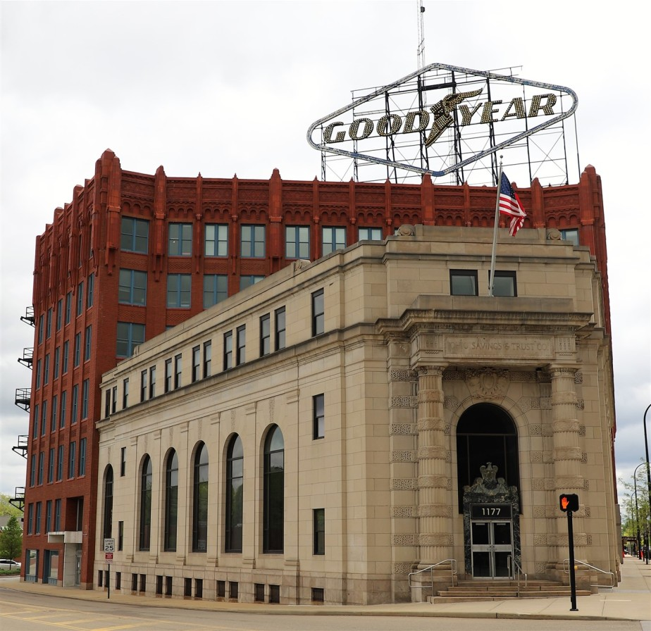 Akron – May 2021 – Attention to ArchitecturalDetail